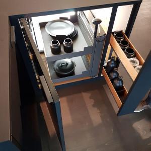Выдвижные системы наполнение кухонных шкафов