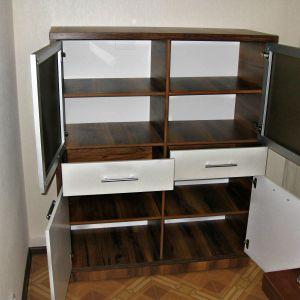 Комод с дверцами и выдвижными ящиками 2