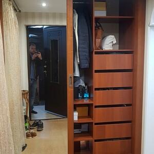Выдвижные ящики в шкафу купе
