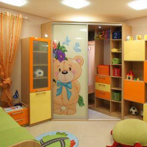 детский угловой шкаф-купе с фотопечатью мишки