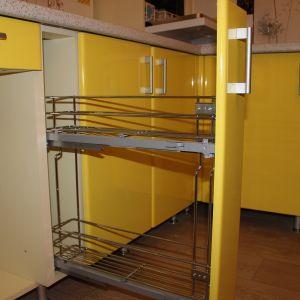 Выкатные кухонные системы