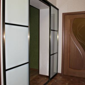 Межкомнатная перегородка с матовым стеклом триплекс 2