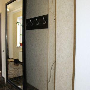 Зеркальный встроенный шкаф 3