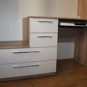 Письменный стол с комодом