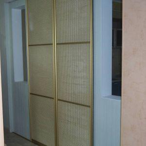 Раздвижные двери с ротангом