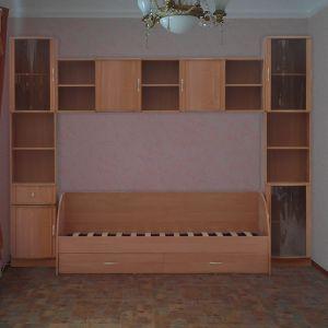 Встроенная спальнч для ребенка