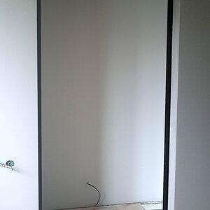 Подвесные двери для гардеробной в полностью открытом положении