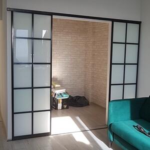 Раздвижные двери в комнату