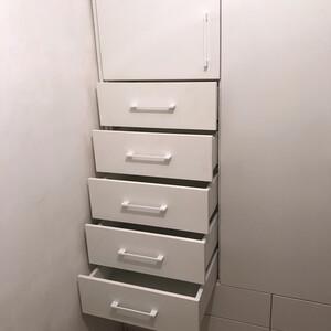 Шкаф для прихожей, выдвижные ящики