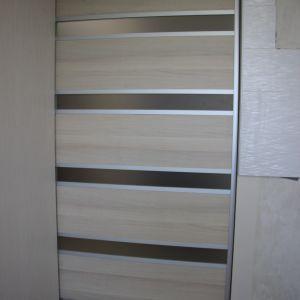 Дверь-купе с поперечными вставками (2)