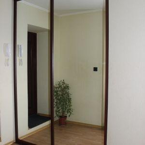 Зеркальная раздвижная перегородка