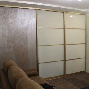 Межкомнатная перегородка с матовым и декоративным стеклом 1