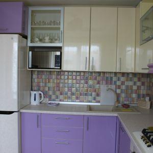 Фиолетовая кухня МДФ-пластик 2