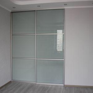 Раздвижная перегородка для комнаты
