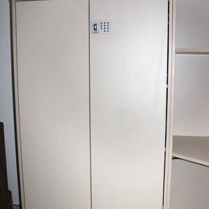 Шкаф с кодовым замком