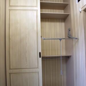 Классический шкаф с пантографом