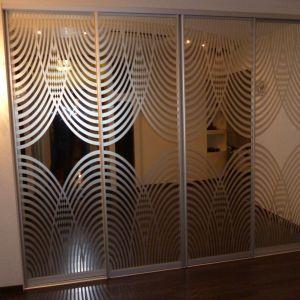 Встроенный шкаф зеркальный