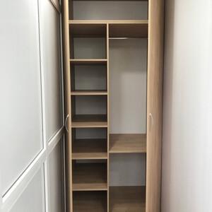 Двухдверный распашной шкаф, ЛДСП