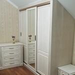3 шкафа, кровать, комод и тумбы в классическом стиле [14+видео]