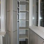 Шкаф на балкон с системой складных дверей [4]