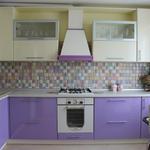 Угловая кухня из пластика фиолетовая [4]