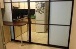 Раздвижная перегородка в квартиру-студию с двухсторонним зеркалом