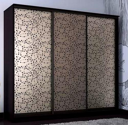 Шкаф купе с фасадом шелкография на стекле