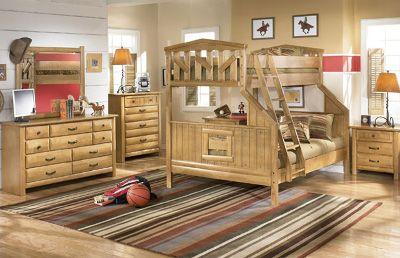Детская мебель из натурального деерева