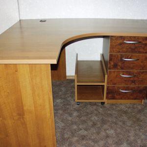 Рабочий стол в офис