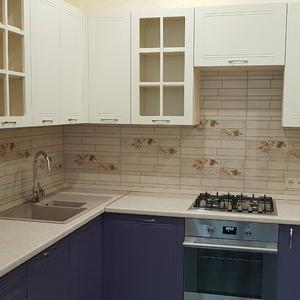 Фиолетовая кухня крашенный МДФ