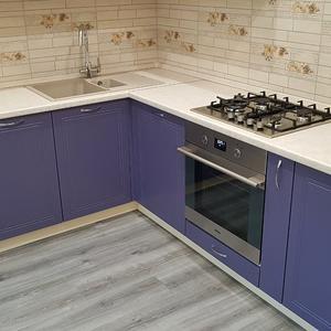 Фиолетовая кухня крашенный МДФ 3