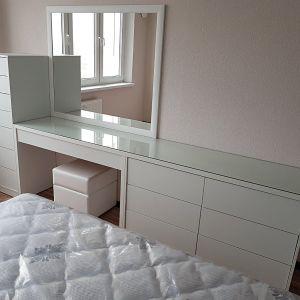 Белая мебель в спальню