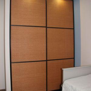 Встроенный шкаф ротанг