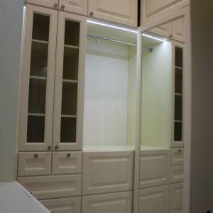 Распашные шкафы для гардеробной
