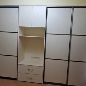 Комплект белой мебели